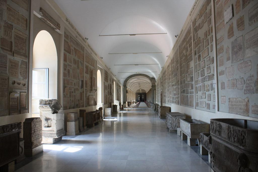 Galeria Lapidaria - Museus Vaticanos