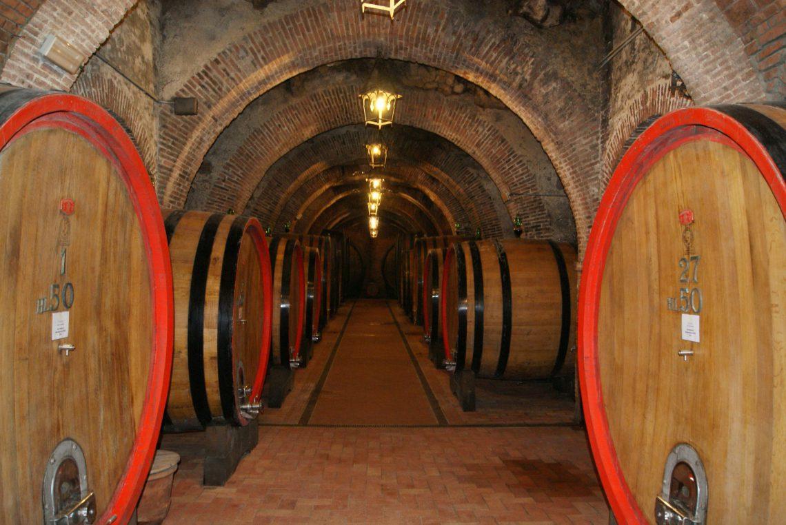 Adega subterrânea em Montepulciano - Toscana