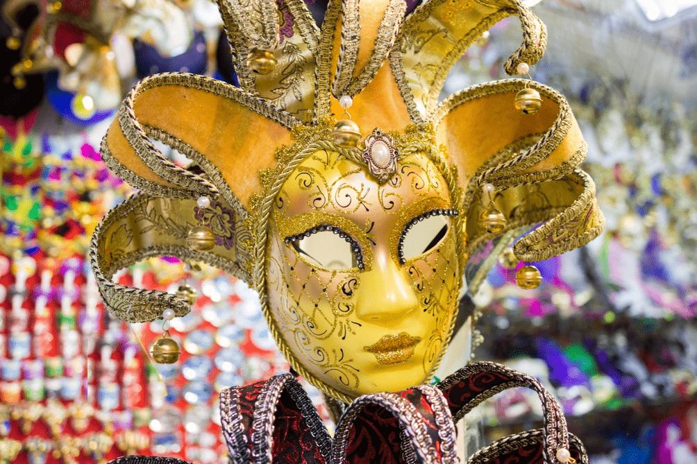 Máscara artesanal típica do carnaval de Veneza